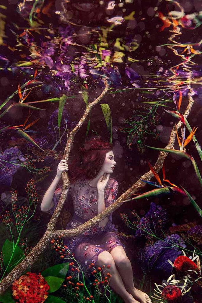 beth mitchell - ariadne - underwater photography - third prize winner - beautiful bizarre art prize 2019